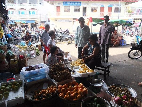 На рынке Сиануквиля