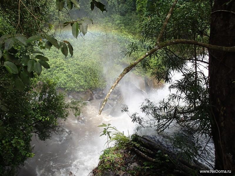 Водопад Пном Кулен