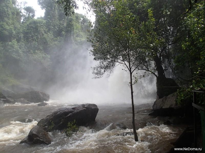 Нижняя часть водопада