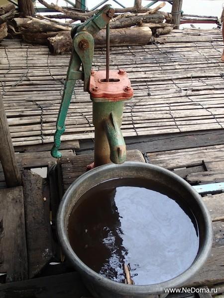 Колонка с пресной водой