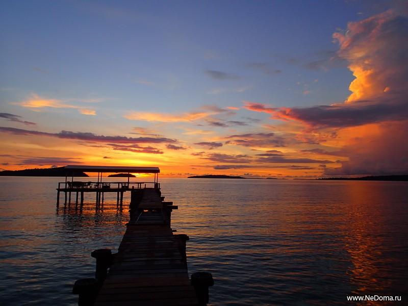 Великолепие заката в Камбодже
